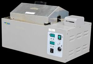 Vwr Scientific Shel Labs 1217 Thermostatically Controlled Shaking Water Bath