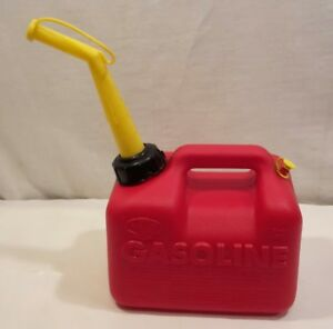 Chilton 1 Gallon 6 Oz Vented Gas Fuel Can Spout P10 Made In Usa