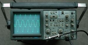 Hitachi V 660 60mhz Two Channel Oscilloscope Calibrated Two Probes Power Cord