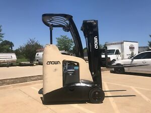 2010 Crown 3000 Pound Stand Up Narrow Isle Forklift we Will Ship Budget Buy