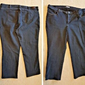 Lee At The Waist Classic Fit Straight Leg Dark Wash Blue Jeans Woman Size 24W M