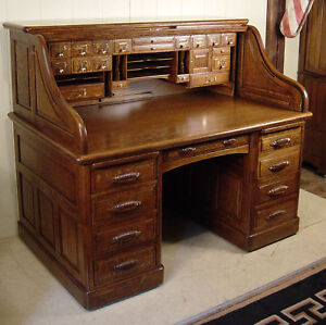 Antique Oak 60 High S Roll Top Desk With Full Interior