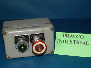 Square D 9001 ky 2 Control Station With Push Pull Button Pilot Light 9001ky2
