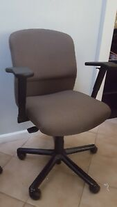 Lot Of 3 Steelcase Vecta Black Taupe Fabric Chair Swivel Ergonomic Office Home