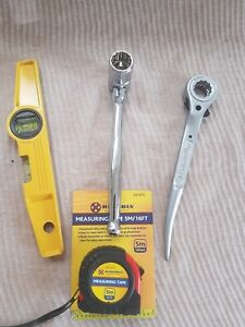 Heavy Duty Scaffold Tools Set 10 Flat 1921 Mm Ratchet 7 16 Spanner Level Tape