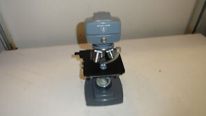 Bausch Lomb Microscope With 3 Objectives