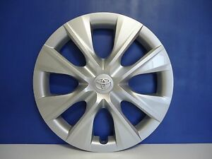 Toyota Corolla Factory Wheel Hubcap Cover 15 2014 16 P n 42602 02350 Genuine