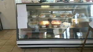 Tor rey Vpm 200 79 Refrigerated Glass Food Deli Bakery Case