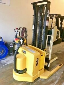 2004 Yale Electric Forklift Walkie Stacker 3800 Lbs Capacity Youtube Video