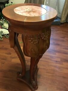 Absolutely Beautiful Triple Elephant Hand Carved Wooden Table Pedestal