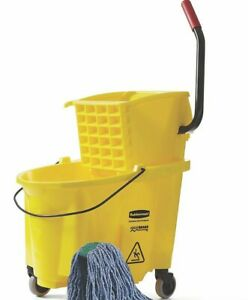 Rubbermaid Mop Bucket Wringer 26 Quart Wave Brake no Mop Head No Hook
