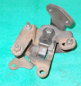 1969 1970 1971 1972 1973 Mustang Cougar Orig 3 Speed Shifter Linkage Control Box