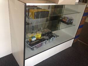 S e White Retail Glass Display Showcase 48 18x38
