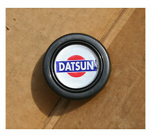Nos Vintage Datsun Steering Wheel Horn Button 240z 260z 280z Roadster 510 Gtr