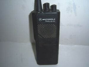 Motorola Radius Gp 300 Ht Uhf Radio With 2 New Batteries