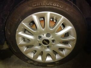 Oem Alloy Wheel 2014 Mini Cooper 16x6 1 2 tire Not Included