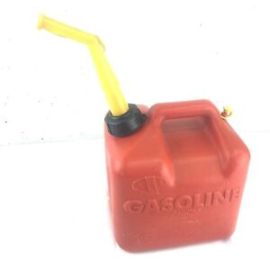 Chilton Made In Usa 2 Gal Red Plastic Gas Can Model P 20 Pre Ban Vented Jug