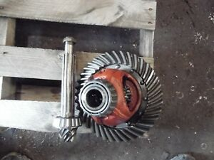 1959 Allis Chalmers D 10 Farm Tractor Differential Assembly