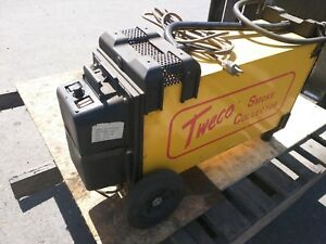 Tweco Smoke Collector Including 2 Tweco Mig Guns 250 400 Amp
