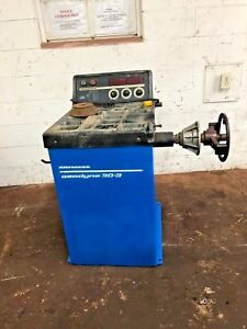 Hofmann Geodyna 30 3 Computer Wheel Balancer Machine 382