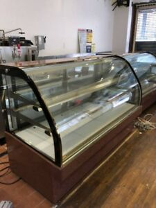 75 Curved Glass Deli Cake Display Refrigerator Full Size