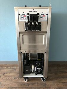 Spaceman 6250 Air cooled Soft serve Froyo Machine Show Room Condition