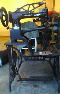 Singer 29 4 Cobbler Shoe Patch Leather Sewing Machine rotating Foot sews Great