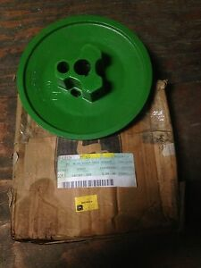 John Deere Outer Fan Shaft h97600 Combine
