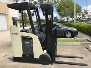 2008 Crown Electric Forklift Dockstocker Narrow Aisle Stand Up Rc5500