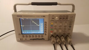 Tektronix Tds 3054b 4 channel Color Digital Phosphor Oscilloscope 500 Mhz 5gs s