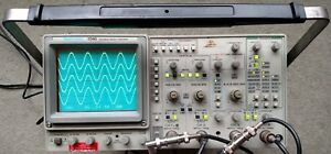 Tektronix 2246 Mod A Four Channel 100 Mhz Oscilloscope Two Probes Power Cord