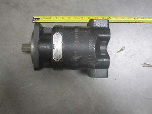 Parker Commercial 323 9210 092 Hydraulic Pump