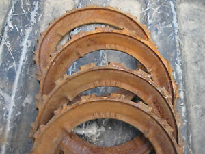 4 Used H695b Cast Iron John Deere Planter Corn Plate H 2044 B
