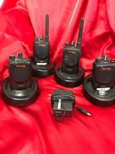 Motorola Bpr40 Mag Onelot Of 4 Vhf 8 Ch 4 Watt Portable Two Way Radio