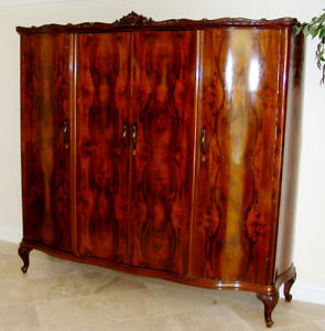 1700s 1800s Italian Bookmatched Walnut Burled Antique Armoire Cabinet 7 Rare