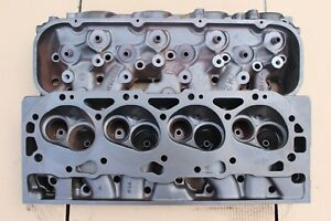 Chevy 12562934 Big Block Chevy Rectangle Port Marine Cylinder Heads 502 Engines