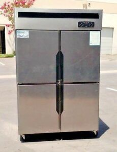 New 75 Upright Commercial Refrigerator Model Rr32 4 Door With Warranty