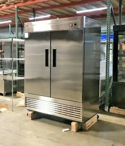 Heavy Duty Commercial Reach in Refrigerator Two Door Stainless 55r Nsf