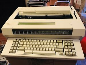Ibm Wheelwriter 3500 Office Grade Electronic Typewriter With User Manual