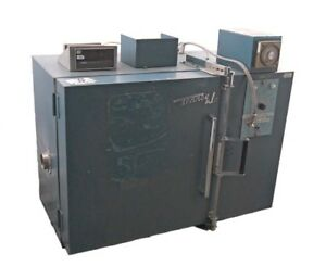Tenney Jr Environmental Test Chamber Oven W Doric Trendicator 410a Laboratory