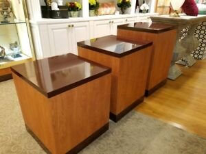 Store Display Pedestals Retail 1000 Each Large Medium Small Bin 100 Each