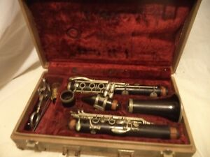 NORMANDY/SELMER PARIS WOODEN CLARINET  With Case