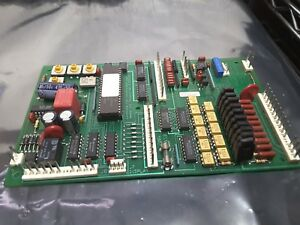 Royal Vendors Vending Machine Control Board Merlin 2000 Ver 1 16a Sale Nice 179