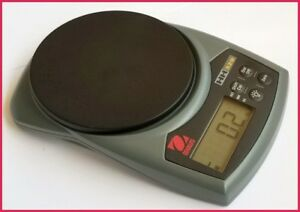 Ohaus Hand held Digital Scale Model Hh320
