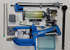 Dillon 550 Reloading Press VERY GOOD SHAPE With Extras