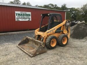 2012 Mustang 2044 Skid Steer Loader
