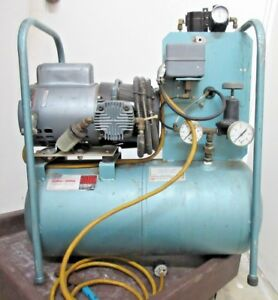 Gast Dielectric Dehumidified Electric Air Compressor 17 503 2400 Line Dryer