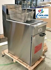 New Commercial 50lb 4 Tube Floor Gas Deep Fryer 120 000btu hr Natural Gas Nsf