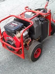 Little Beaver 18hp Hydraulic Power Source W augers 1 Hour