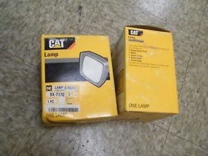 2 Pcs 9x7170 Caterpillar Lamp Gr flood 24v